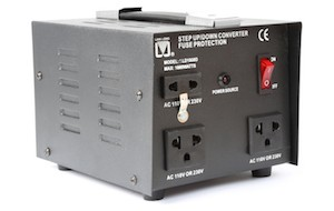 SKYTRONIC CNV1000W CONVERTITORE 220V-110V 1000W